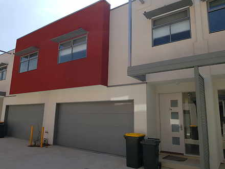 Townhouse - 34/55B Oakwood ...