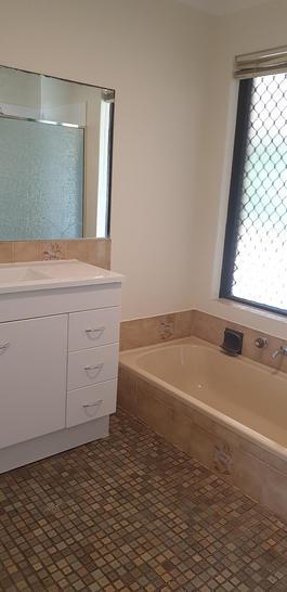 3a41af0fcca814aeb7aa1216 16233 bathroom 1585196106 primary