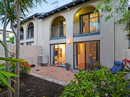 Townhouse - 18/21 Angelo St...