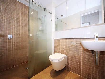 265bf3f2334d7424b487210f 06 main bathroom 1002 5a53091036922 1585016450 thumbnail