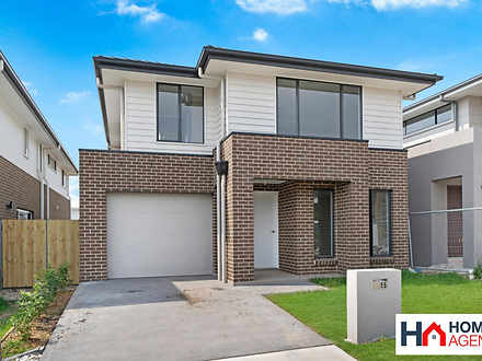 House - 15 Passionflower St...