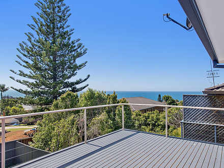 House - 30 Seaview Street, ...
