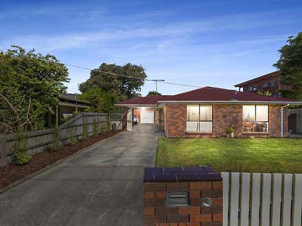 House - 35 Woodvale Grove, ...