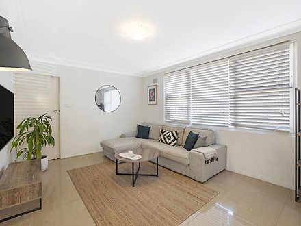 Apartment - 1/97 Oaks Avenu...