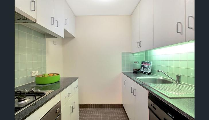 5545632fc71f6a66de6e0d46 kitchen 1 6064 5e7022bdc41f6 1584407346 primary