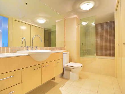05 bathroom 1584422687 thumbnail