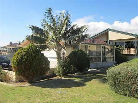 House - 195A Rockingham Bea...