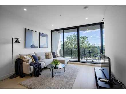House - 205/5 Irving Avenue...