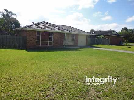House - 6 Copperleaf Place,...