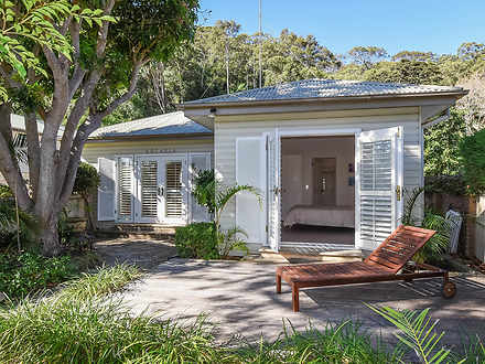 House - 1062 Barrenjoey Roa...