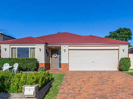 House - 5 Apache Grove, Sta...