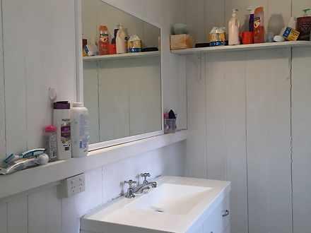 Be8a95e55ca8ef94a67fc628 bathroom photo1 4694 5e72fa634d641 1584596241 thumbnail