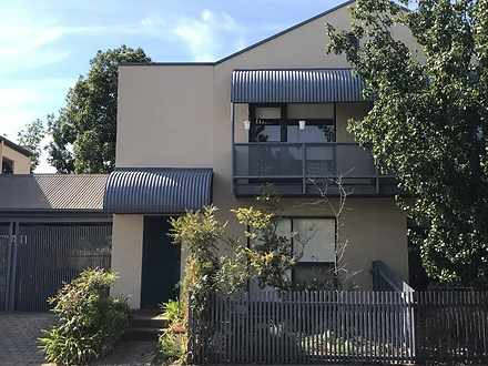 Townhouse - 12 Appelbee Cre...