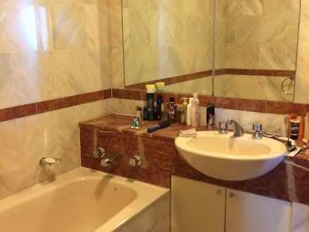 %286%29 3602.343 pitt   main bathroom 1584853117 thumbnail