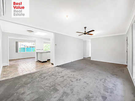 House - 6 Caratel Crescent,...