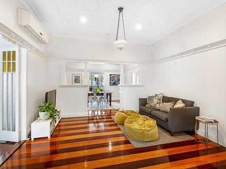 House - 43 Brisbane Street,...