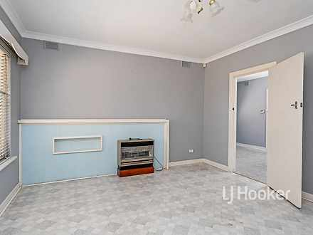 House - 33 Melville Road, P...
