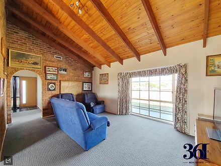 House - 360 Avalon Road, Av...