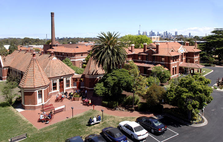 0/1 Yarra House Melbourne Polytechnic Yarra Bend Road, Fairfield 3078, VIC Flat Photo