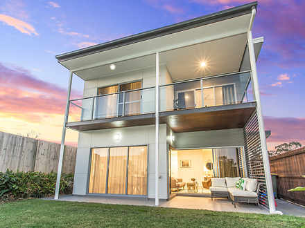 Townhouse - 9/8 Russell Str...