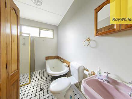 572b8885452f57ba6eebf044 25610 bathroom105copelandst 1585106358 thumbnail