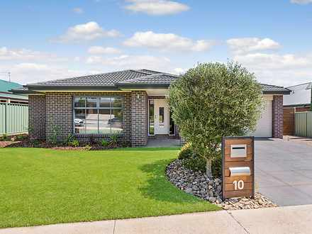 House - 10 Lyndam Avenue, M...