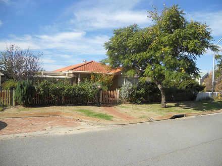 House - 32 Parrotbush Cresc...