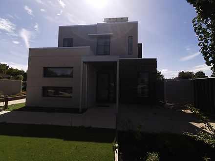 House - 1/10 Farrington Str...