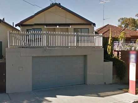 House - ROOM 6/710 Anzac Pa...