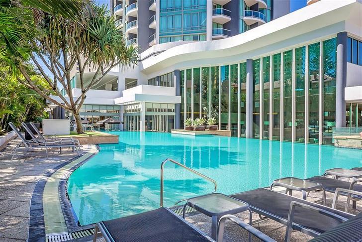 7b982c5529e404df1c45f1d1 14228 mantra legends hotel pool4.t74585 1585189070 primary