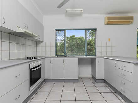 House - 21 Sherringham Cres...