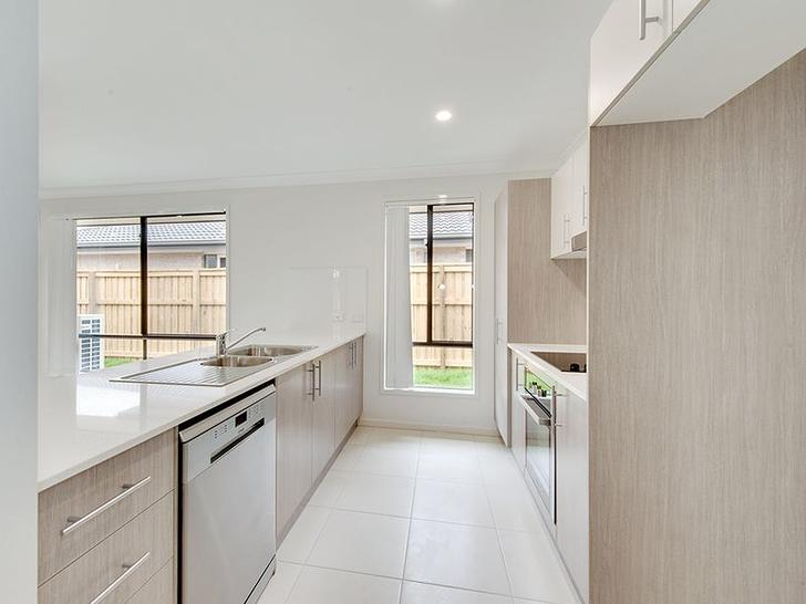 House - 15 Melville Drive, ...