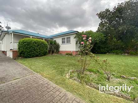 House - 6 Westhaven Street,...