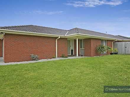 House - 28 Brookland Greens...
