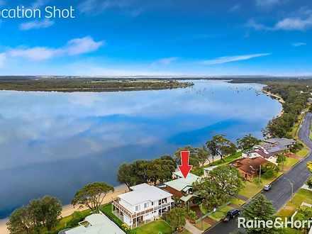 House - 70 River Road, Shoa...