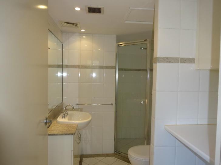66a4d5b809532ca4c8683e9f 890 1 bathroom 210.450 military rd 1585267715 primary