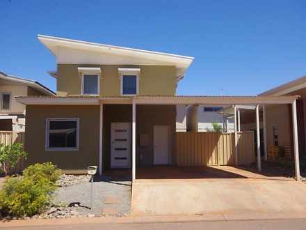 House - 19 Spinifex Street,...
