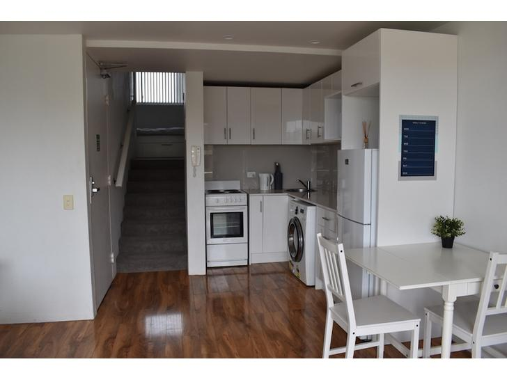 Ecd7179ab0f9335190c1a441 kitchenandstair 20200327 1318602563 1585284677 primary