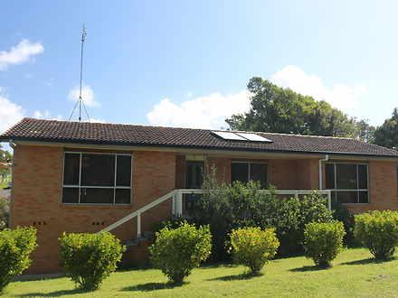 House - 2 Banksia Crescent,...