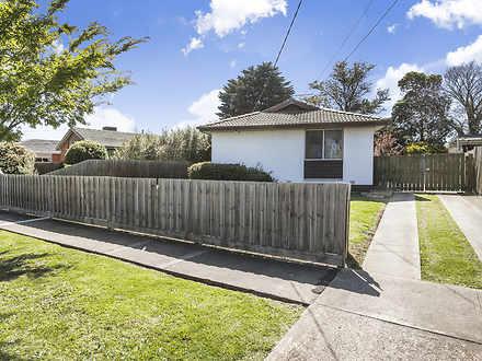 House - 9 Barnes Crescent, ...
