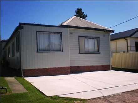 House - 1/8 Wakal Street, C...