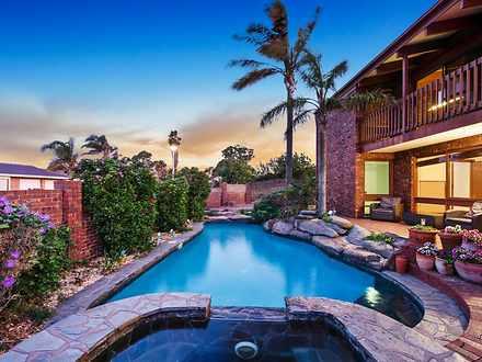 House - 13 Antigua Grove, W...