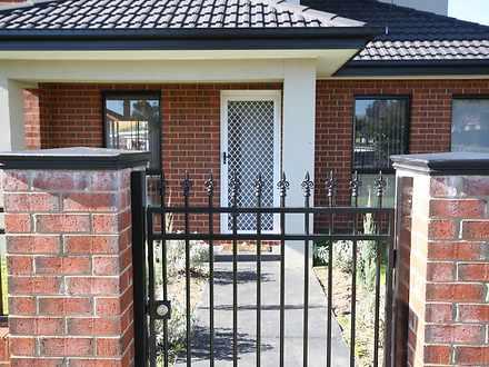 House - 1 Rhodes Street, Sp...