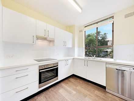 Apartment - 9/228 Longuevil...