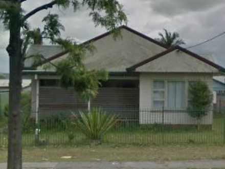 House - 18 Middleton Street...