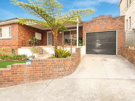 House - 6 Bayview Crescent,...
