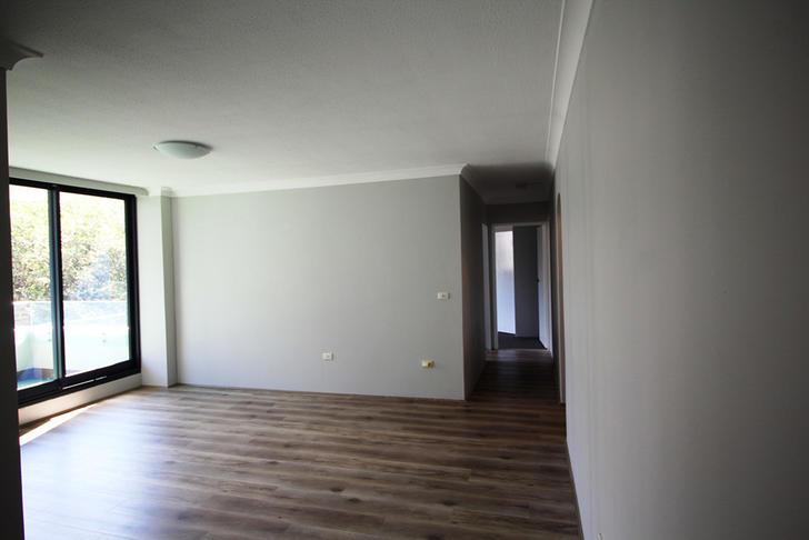 Dd6bca6320aec3cf75a80a69 9560 hallwaytobedrooms 1585699873 primary