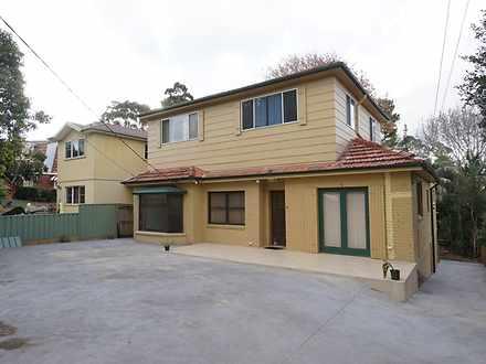 House - 9 Vera Street, East...