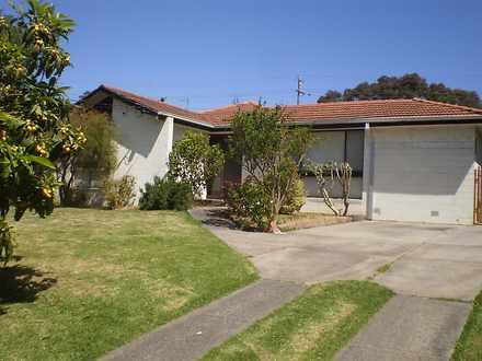 House - 36 Botanic Drive, D...