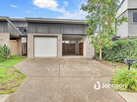 House - 60 Lamington Drive,...